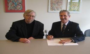 Dean John Archibald and RUSI-VI President Ed Fitch